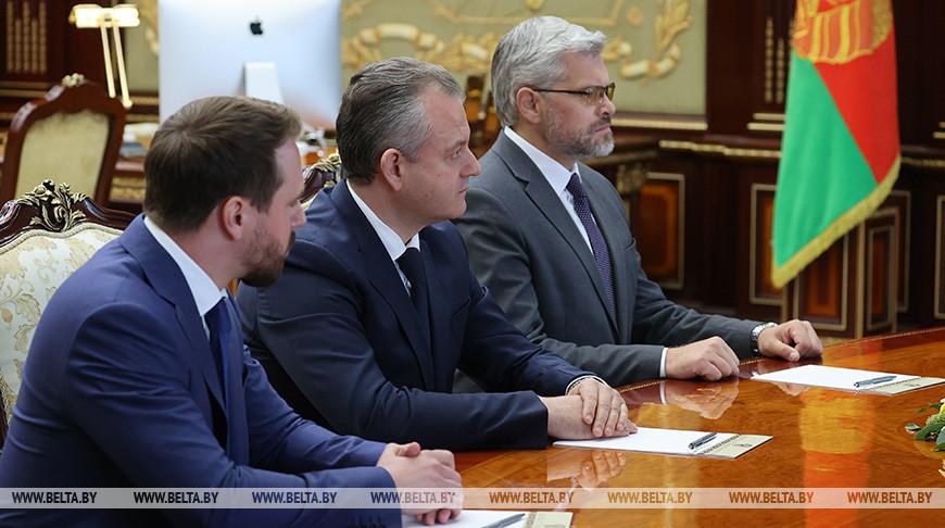 Президент Беларуси рассмотрел кадровые вопросы