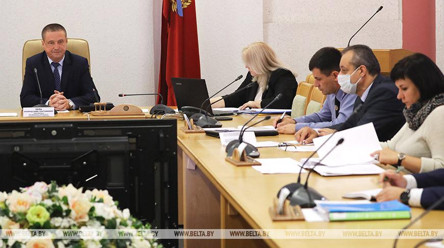 Председатель Могилевского облисполкома провел прямую телефонную линию
