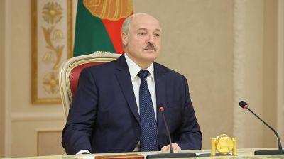 Лукашенко встретился с губернатором Псковской области