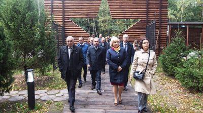 """Участники Форума регионов посетили агрокомбинат """"Дзержинский"""""""