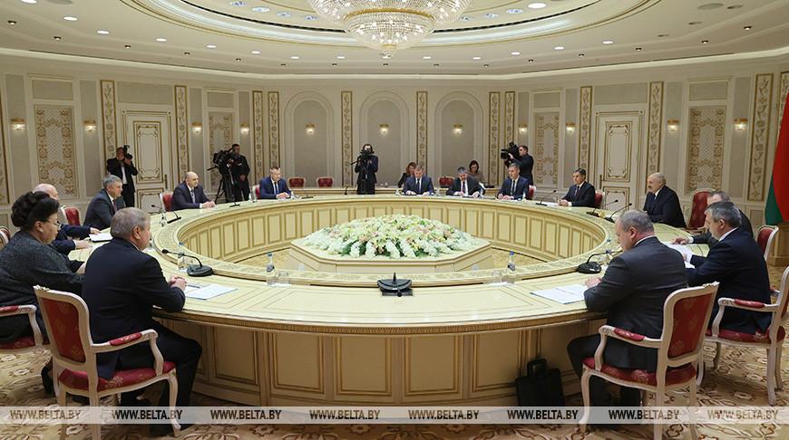 Лукашенко встретился с губернатором Брянской области России