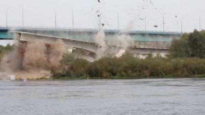 В Гомельском районе взорвали конструкции аварийного моста