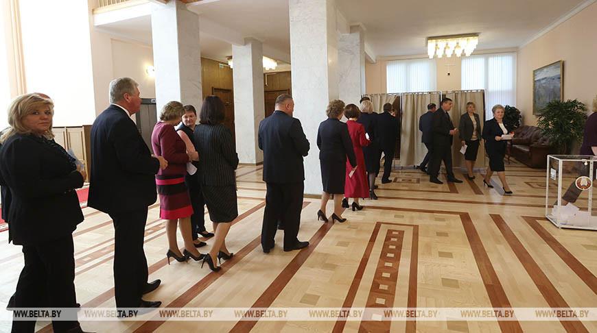 Палата представителей дала согласие на назначение Головченко премьер-министром