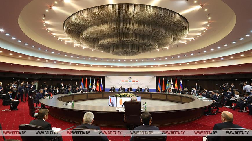 Заседание Евразийского межправсовета в Ереване в расширенном составе
