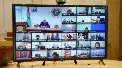 Кочанова обсудила с медиками работу в условиях COVID-19