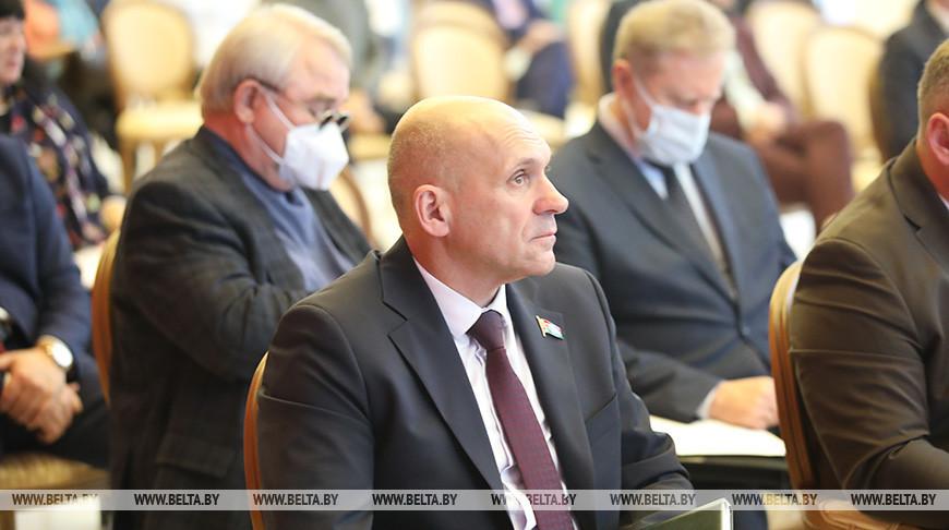 Вопросы экономики и бизнеса обсуждались на диалоговой площадке в Гомеле