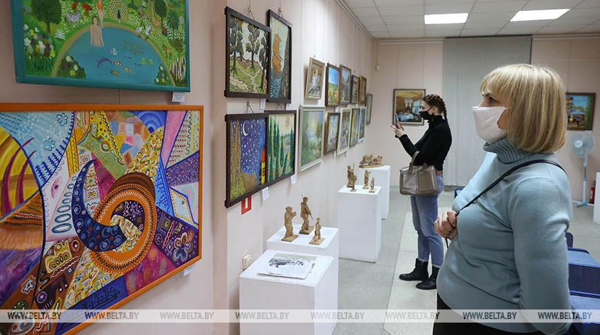 Выставка инситного искусства в честь 380-летия Василия Кореня открылась в Витебске
