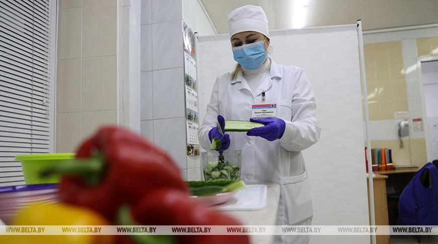 На Комаровском рынке усилили меры профилактики распространения COVID-19