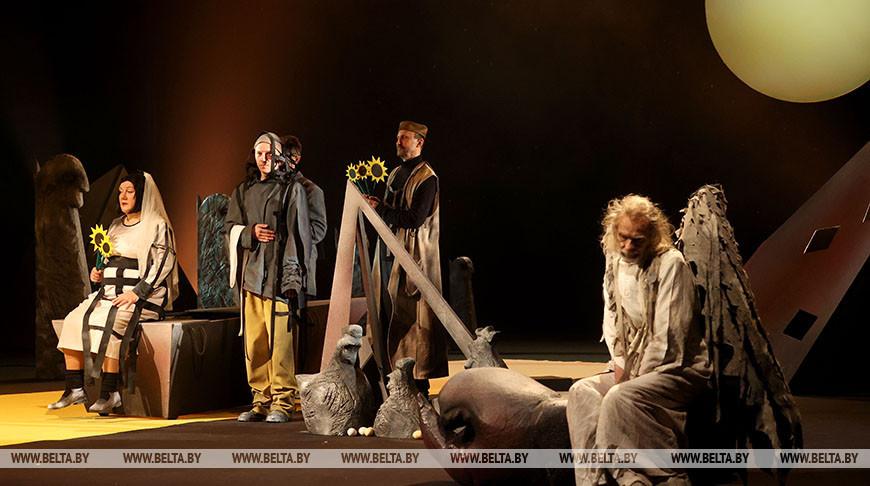 Коласовский театр покажет фантастическую премьеру по Маркесу