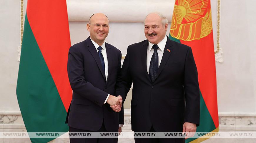 Лукашенко принял верительные грамоты послов 6 стран и Мальтийского ордена