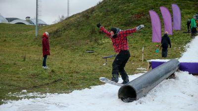 В Минске прошла первая сноуборд-тусовка в новом сезоне