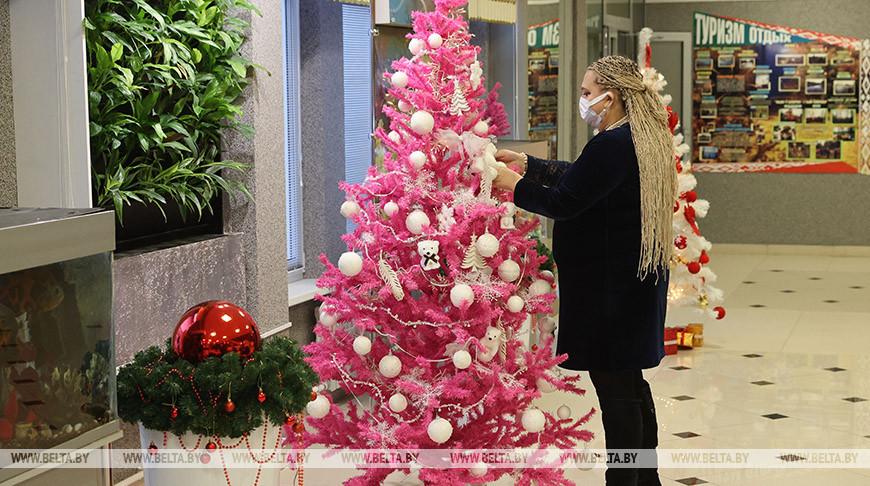 В витебской гимназии №8 готовятся к Новому году