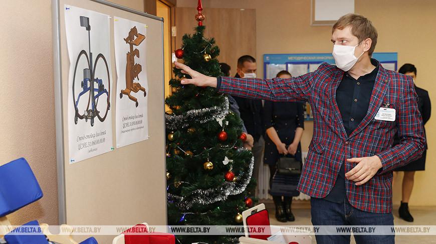 Проблемы семей, воспитывающих детей-инвалидов, обсудили на круглом столе в Минске
