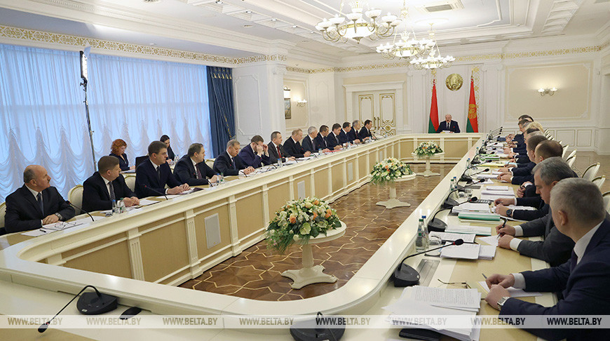 Лукашенко оценил экономические итоги года