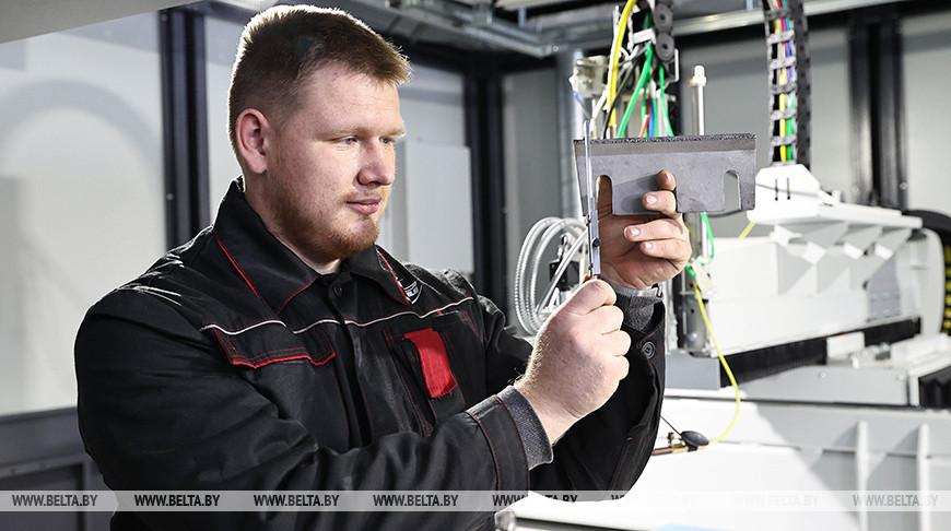 Научно-производственный участок лазерных технологий и арт-объект открыли в НАН