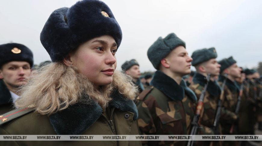 Около 2,5 тыс. военнослужащих приняли присягу в Объединенном учебном центре подготовки прапорщиков и младших специалистов