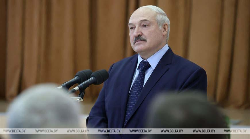 Лукашенко встретился с коллективом Могилевской областной клинической больницы