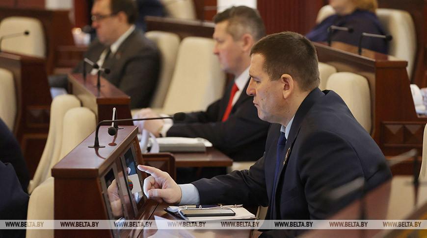 Депутаты приняли во втором чтении новые проекты КоАП и ПИКоАП