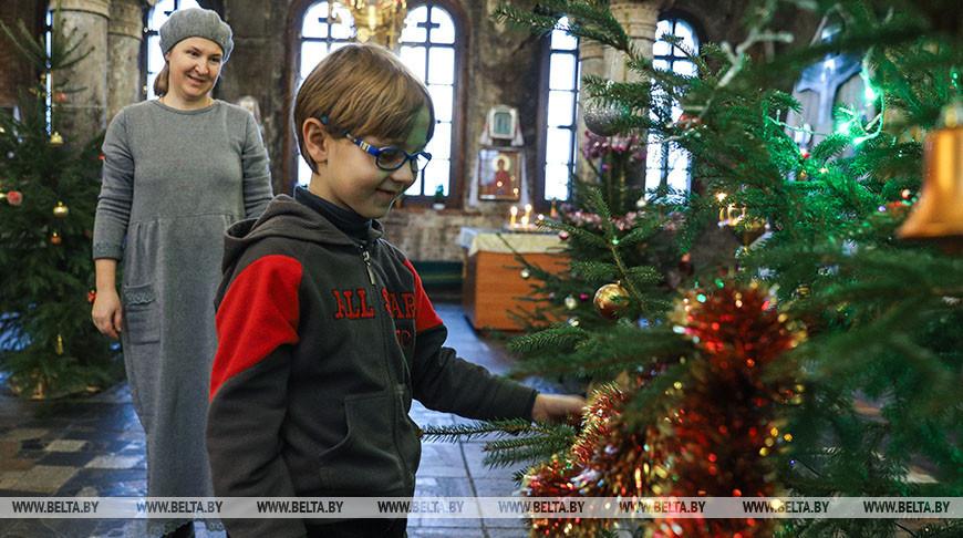 В Свято-Николаевском гарнизонном соборе в Бресте готовятся к Рождеству