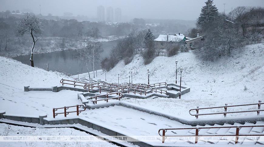 В Гродно в канун Рождества выпал снег