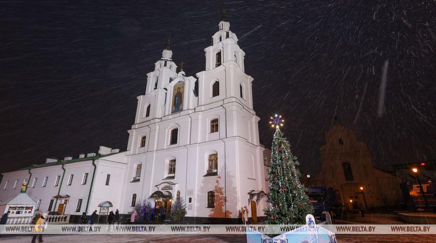 Рождественское богослужение в Свято-Духовом кафедральном соборе