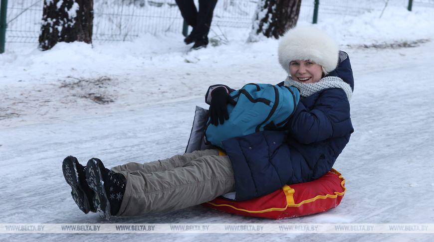 Лыжероллерную трассу под Барановичами посещают тысячи любителей зимнего отдыха