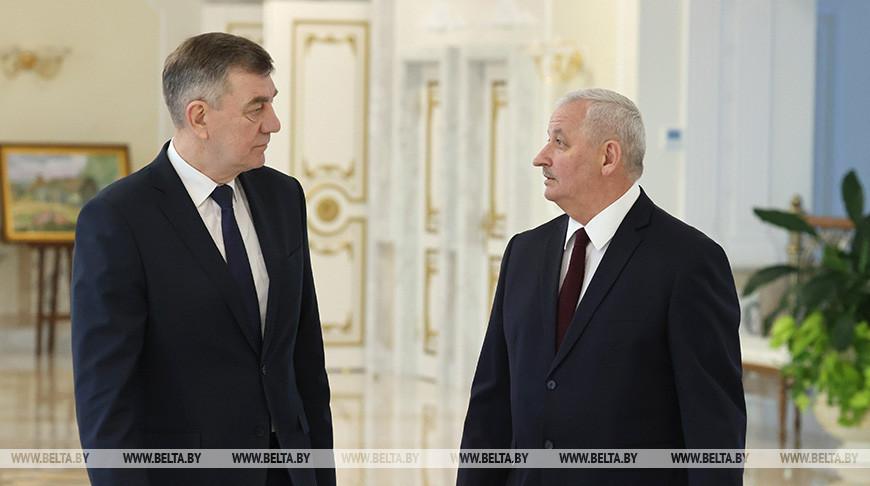 Лукашенко принял с докладом Назарова и Пархомчика