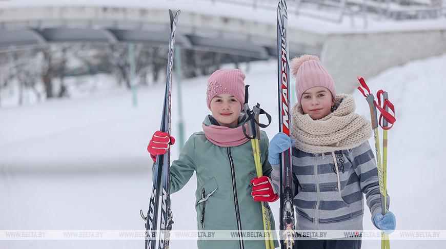 Городская лыжная трасса работает в Веснянке