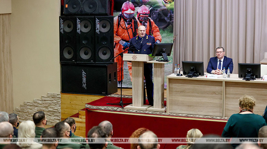 Офицерское собрание по случаю завершения службы Владимира Ващенко прошло в МЧС