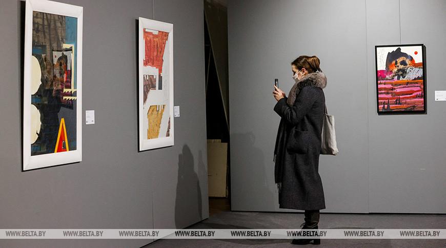 Выставка работ лауреатов масштабного арт-фестиваля открылась в Минске