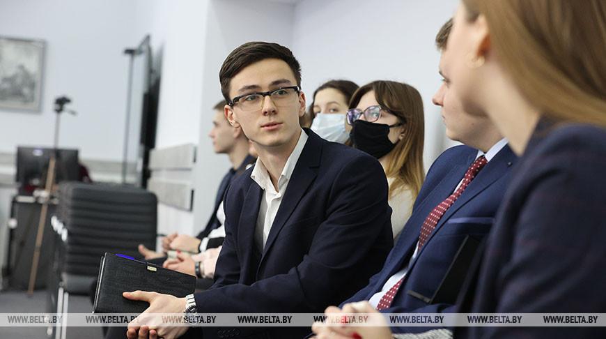 Студенты Витебского госуниверситета приняли участие во встрече с Президентом