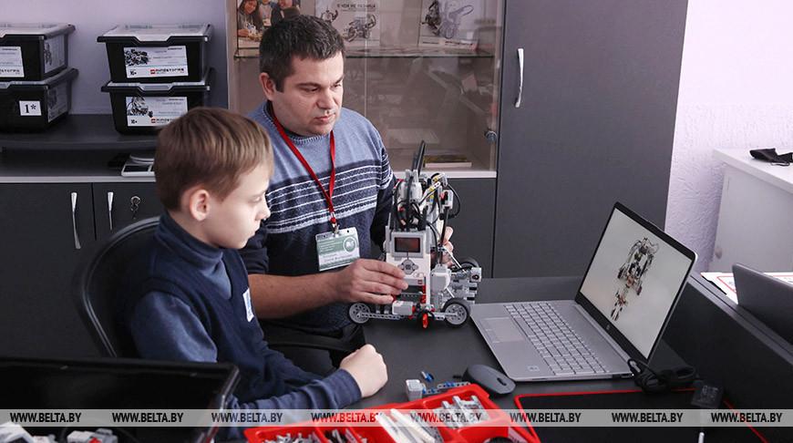 Сеть центров робототехники создают на базе гродненских школ