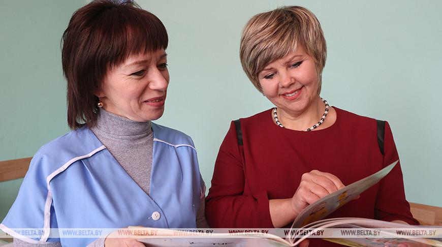 Людмила Сахоненко и Ольга Кулик - делегаты VI Всебелорусского народного собрания