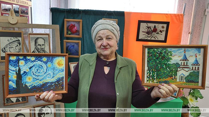 Чудеса из пластилина создает Галина Халабузарь из Бешенковичей