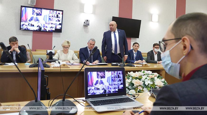 Встреча по итогам заседания рабочей группы по сотрудничеству Беларуси и Приморского края