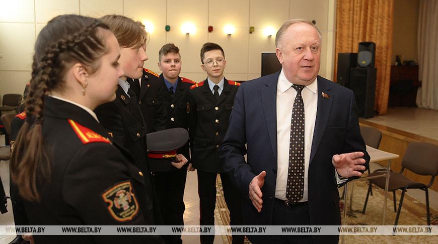 Лискович встретился со слонимскими школьниками