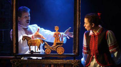 """Белорусский театр """"Лялька"""" в Витебске показал премьеру спектакля """"Ох і залатая табакерка"""""""