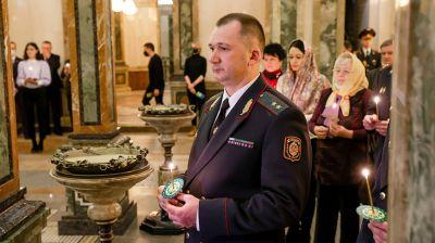 Молебен в память о погибших сотрудниках МВД прошел в крипте храма в честь Всех Святых