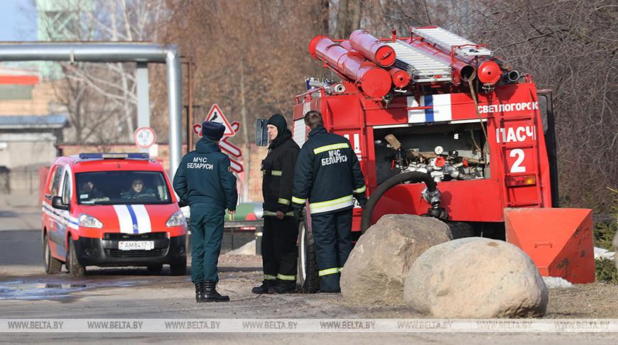 В Светлогорске взрывом демонтировали 105-метровую неиспользуемую трубу