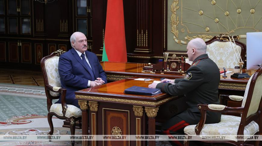 Лукашенко принял с докладом председателя КГБ Тертеля