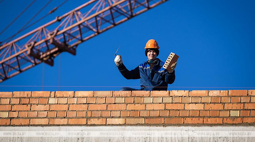Строительство новой школы в Столбцах