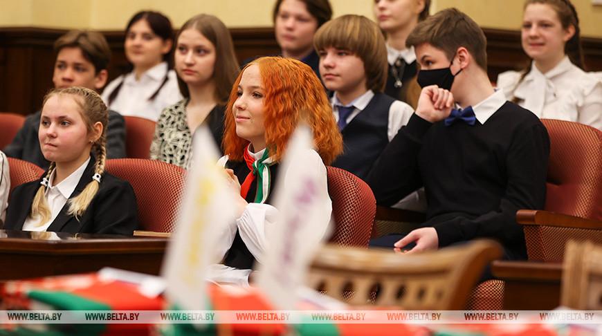 """Акция """"Мы - граждане Беларуси"""" прошла в Конституционном суде"""