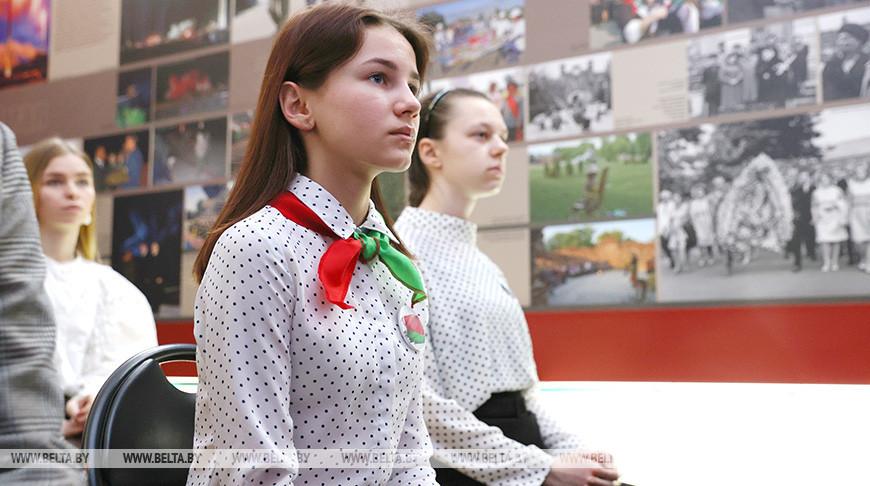 Более 20 талантливых школьников области получили паспорта в Брестской крепости