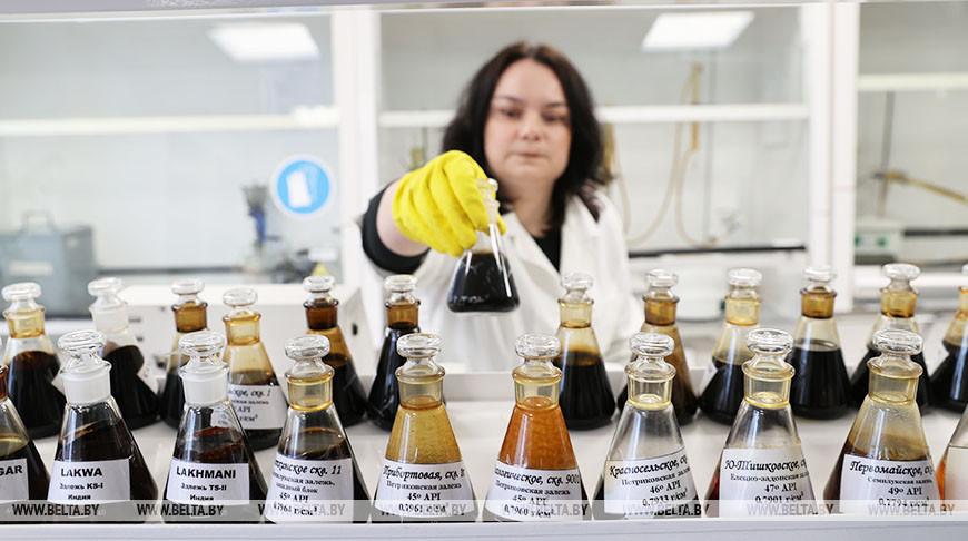Ученые-нефтяники из Гомеля помогли повысить эффективность добычи нефти на 6 месторождениях в Индии