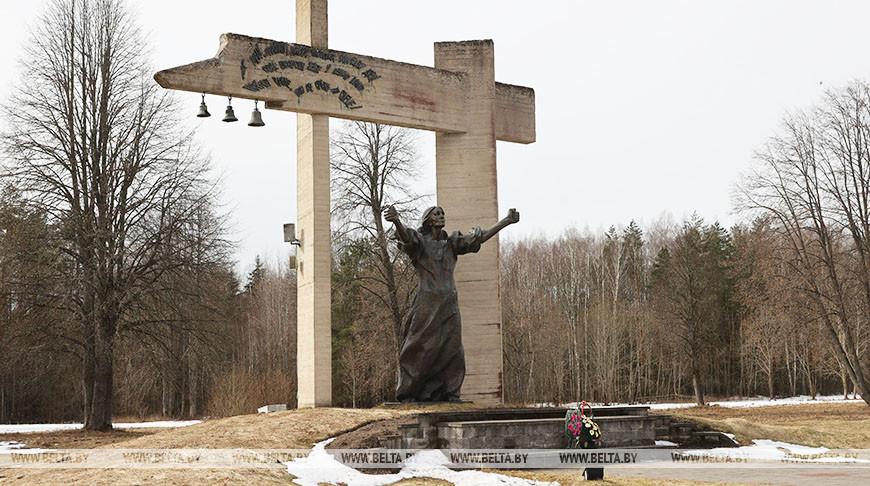 """Акция по наведению порядка прошла в мемориальном комплексе """"Шуневка"""" в Докшицком районе"""