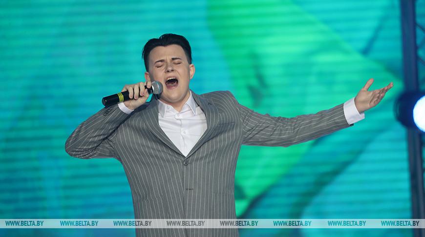 """Даниил Мышковец представит Беларусь на конкурсе эстрадной песни """"Витебск-2021"""""""