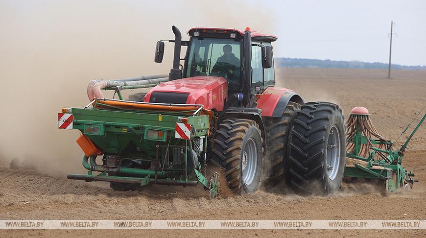 Во всех районах Гродненской области стартовали весенние полевые работы