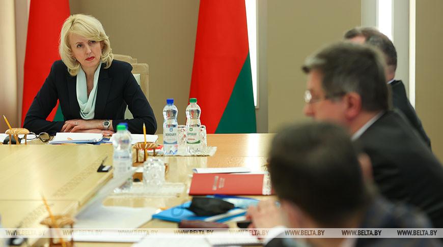"""Проект закона """"О саморегулируемых организациях"""" обсудили в Совете Республики"""
