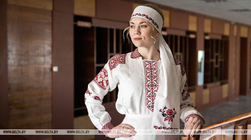 Народные мастера Кореличского района восстанавливают национальные костюмы XIX века
