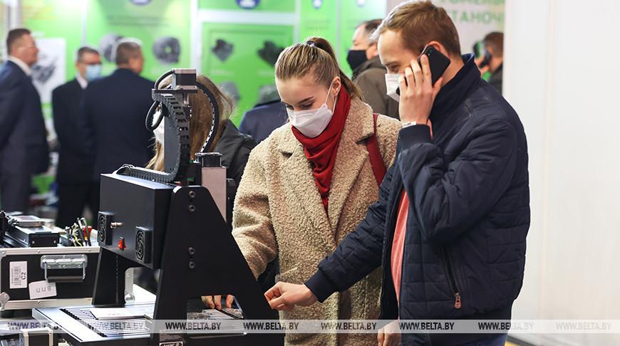 Международные выставки открылись в Минске